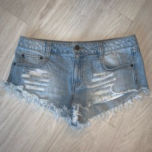 Forever 21 Jean shorts size 27